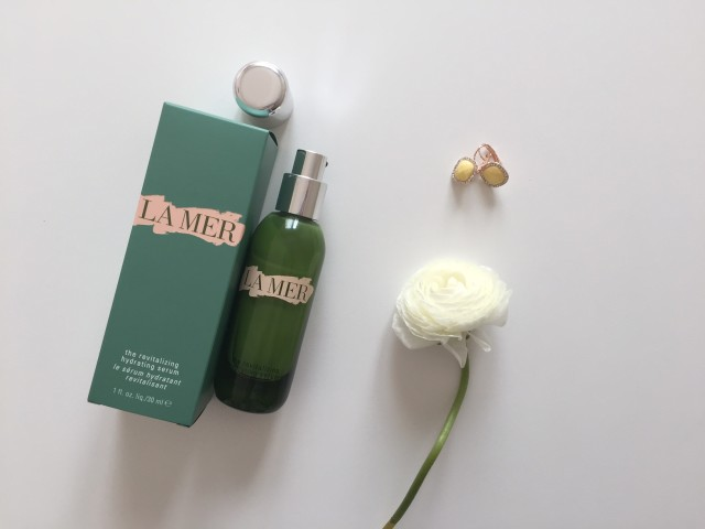 la-mer-the-revitalizing-hydrating-serum